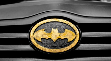 car-superhero-symbol-batman-large