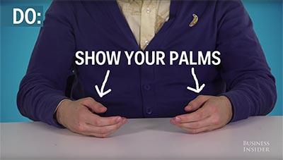 paumes de mains visibles en entretien