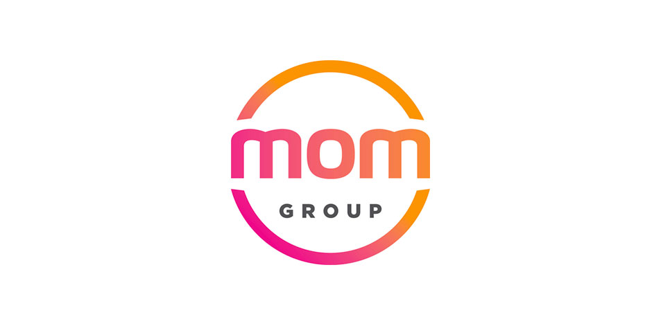 logo-mom-group